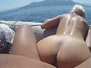 Ficken am Strand auf einem Boot