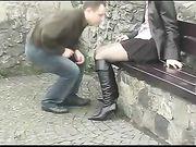Paar Sex an einem öffentlichen Ort