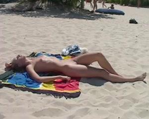 Nackte Frauen am Strand Video