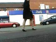 Nackte Mädchen in der Öffentlichkeit