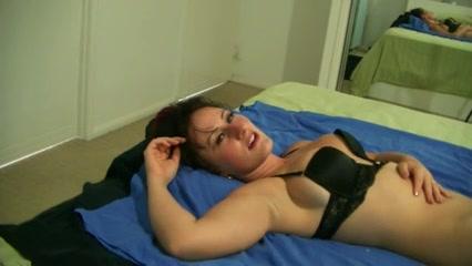reife Frau isst Sperma