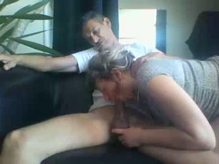 Amature Freundin saugen seinen Schwanz